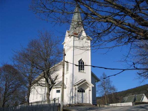 Kyrkjer – Åmli kyrkje