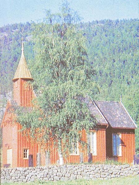 Kyrkjer – Tovdal kyrkje rød